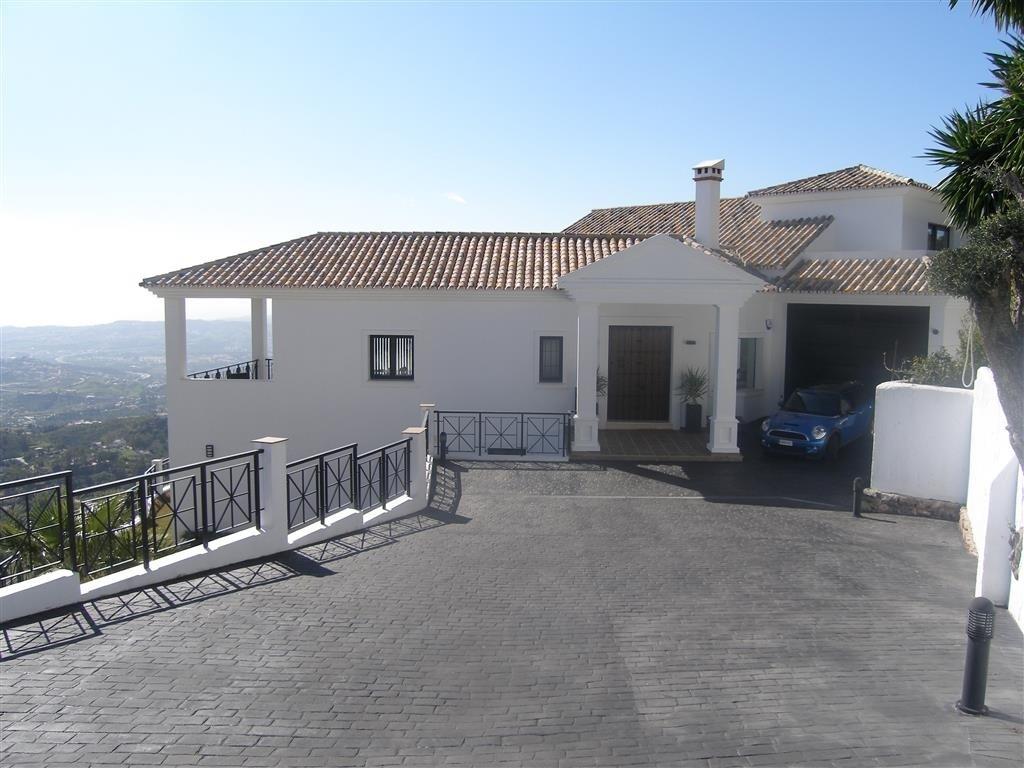 Image 18 | 4 bedroom villa for sale with 1,860m2 of land, Mijas, Malaga Costa del Sol, Andalucia 202392
