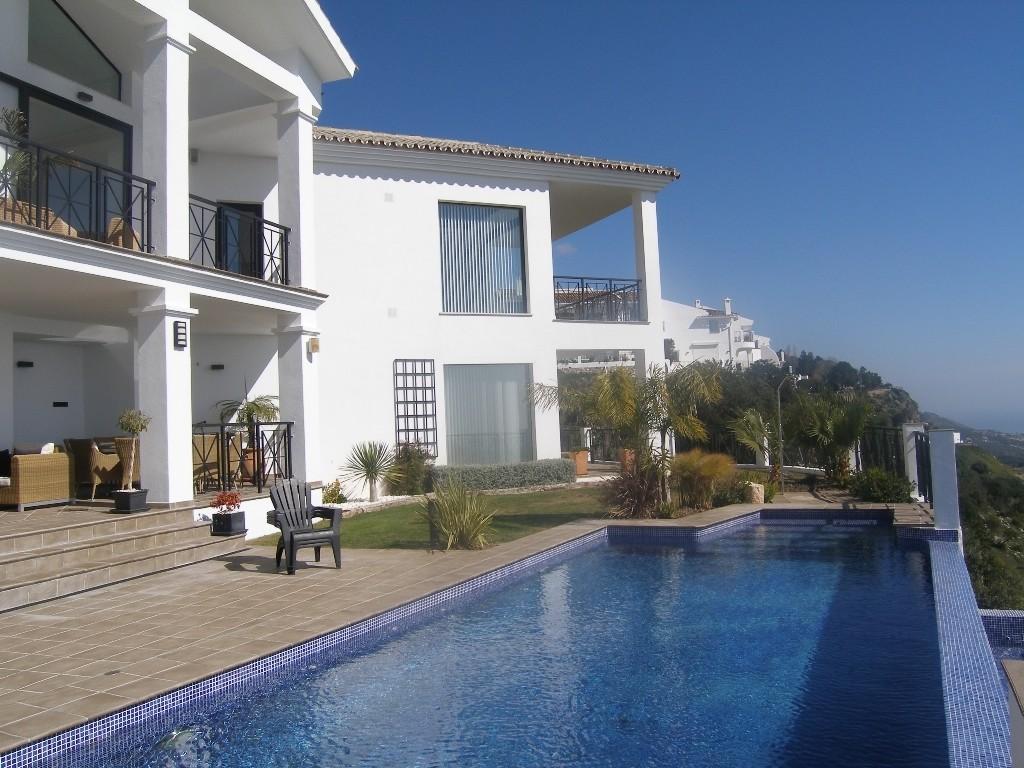 Image 20 | 4 bedroom villa for sale with 1,860m2 of land, Mijas, Malaga Costa del Sol, Andalucia 202392
