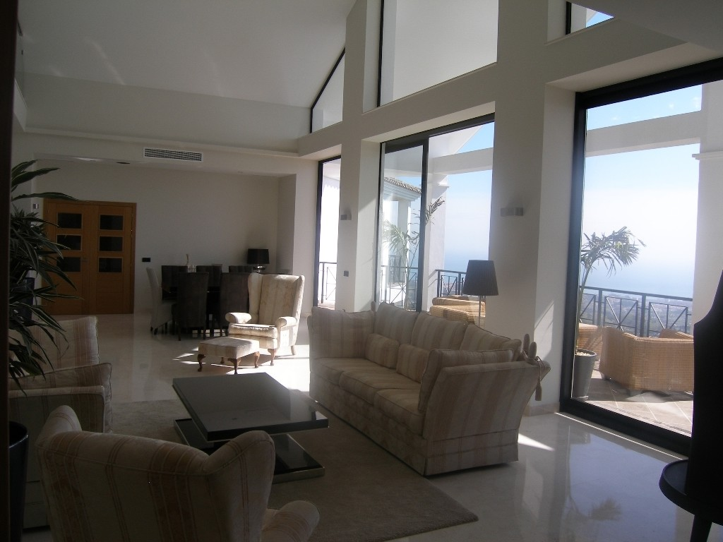 Image 8 | 4 bedroom villa for sale with 1,860m2 of land, Mijas, Malaga Costa del Sol, Andalucia 202392