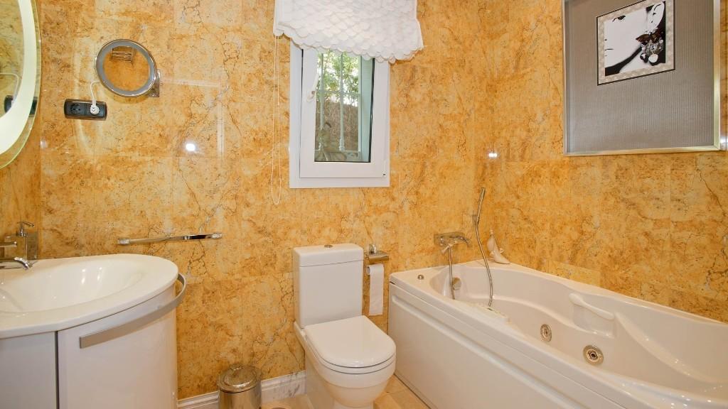 Image 13 | 5 bedroom villa for sale with 600m2 of land, Mijas, Malaga Costa del Sol, Andalucia 202414