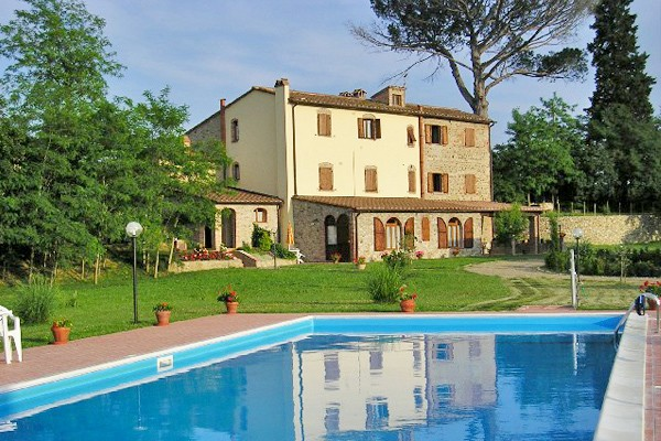 Image 1 | 8 bedroom farmhouse for sale with 1 hectares of land, Terricciola, Pisa, Tuscany 204024