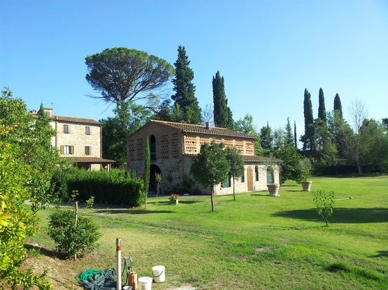 Image 5 | 8 bedroom farmhouse for sale with 1 hectares of land, Terricciola, Pisa, Tuscany 204024