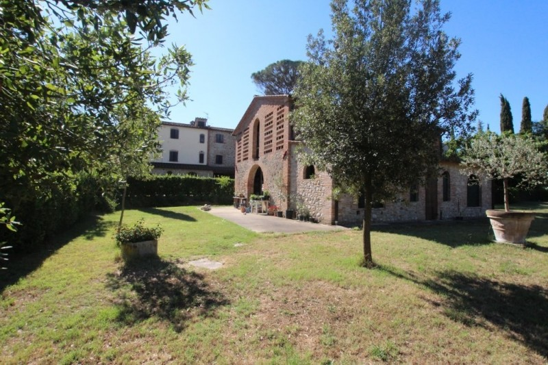 Image 9 | 8 bedroom farmhouse for sale with 1 hectares of land, Terricciola, Pisa, Tuscany 204024