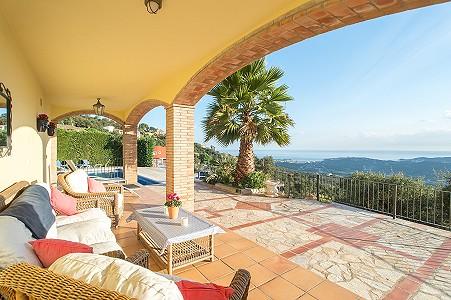 Image 2   5 bedroom villa for sale with 0.22 hectares of land, Platja d'Aro, Girona Costa Brava, Catalonia 204129