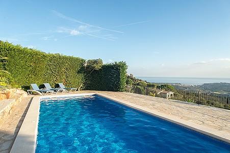 Image 3   5 bedroom villa for sale with 0.22 hectares of land, Platja d'Aro, Girona Costa Brava, Catalonia 204129