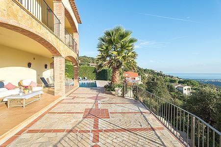 Image 9   5 bedroom villa for sale with 0.22 hectares of land, Platja d'Aro, Girona Costa Brava, Catalonia 204129