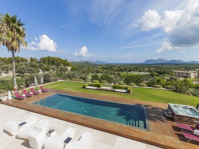 Image 2 | 6 bedroom villa for sale with 52,558m2 of land, Pollenca, Northern Mallorca, Mallorca 204136