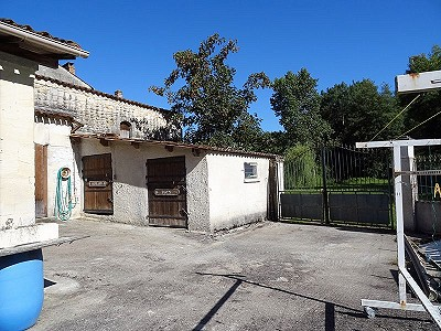 Image 16 | 5 bedroom house for sale with 0.77 hectares of land, Cognac, Charente , Poitou-Charentes 204214