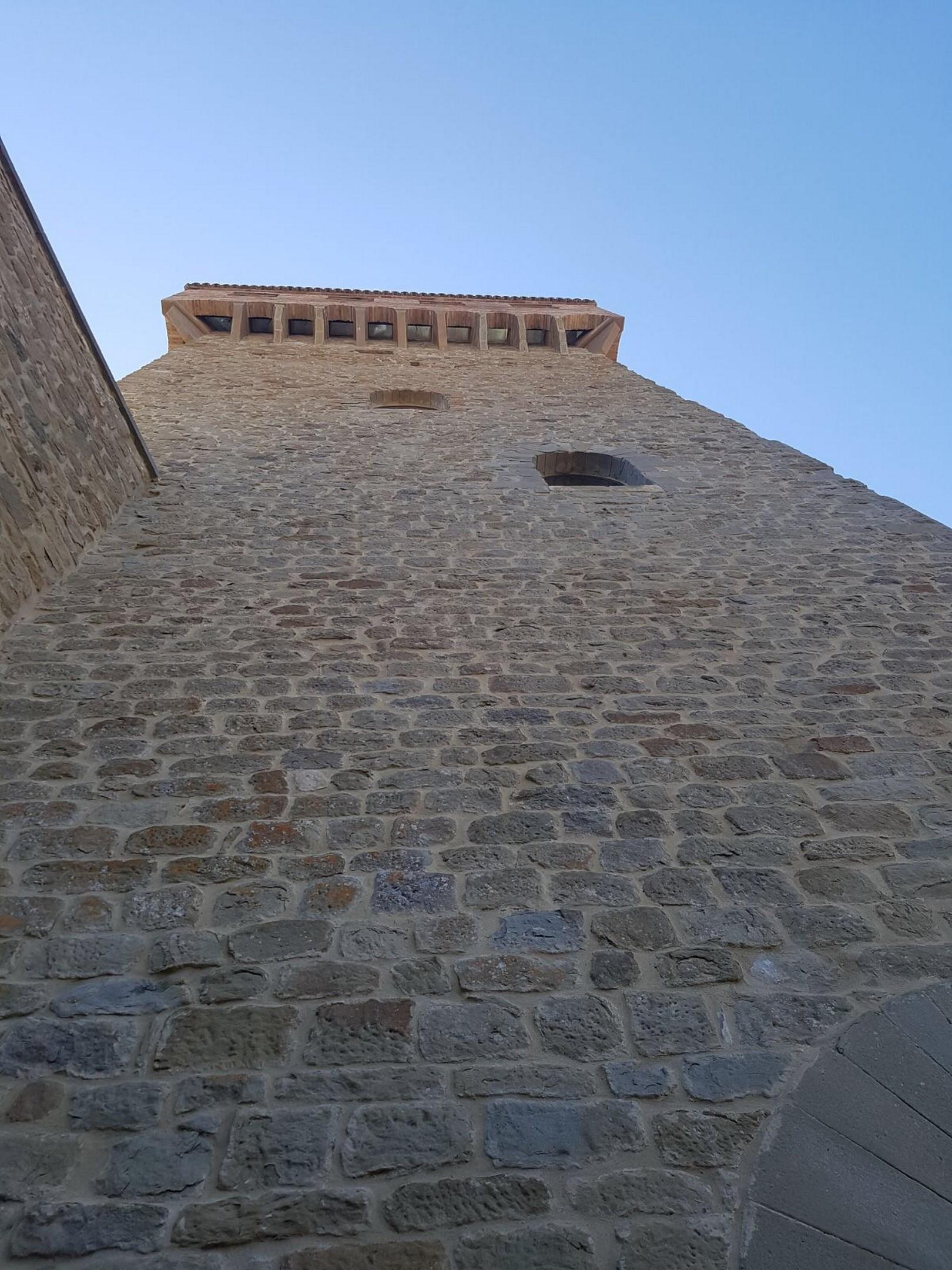 Image 18   7 bedroom castle for sale with 6,500m2 of land, Passignano sul Trasimeno, Perugia, Umbria 204441