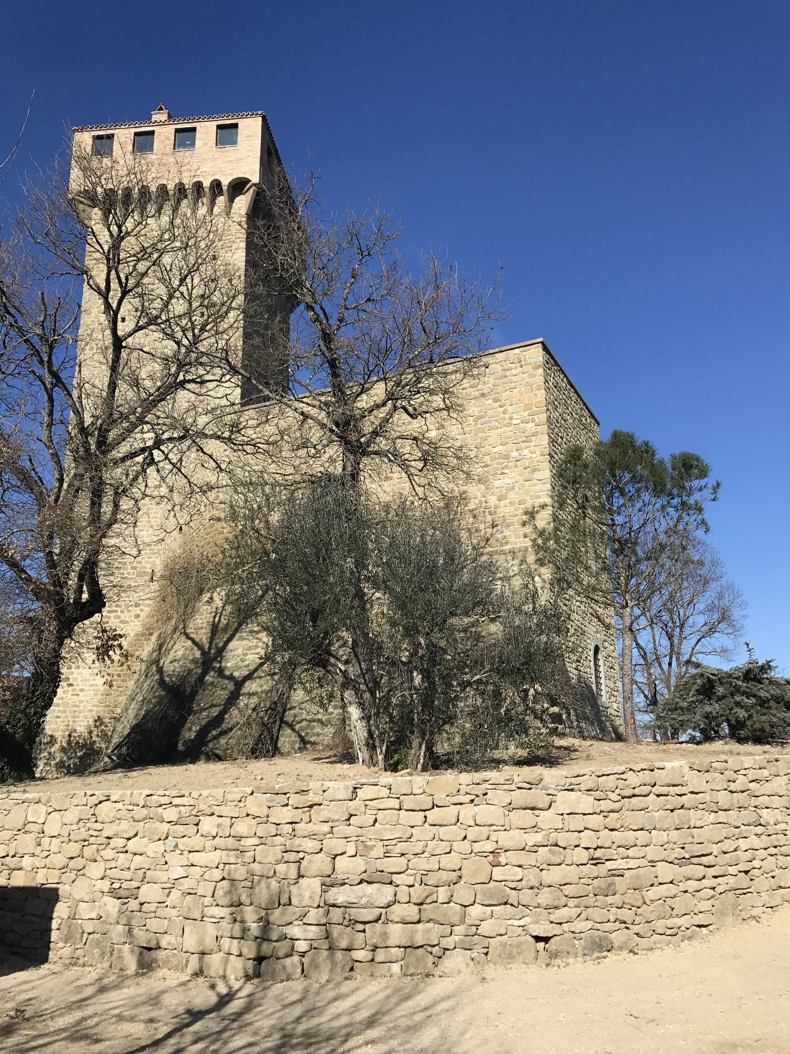 Image 9   7 bedroom castle for sale with 6,500m2 of land, Passignano sul Trasimeno, Perugia, Umbria 204441