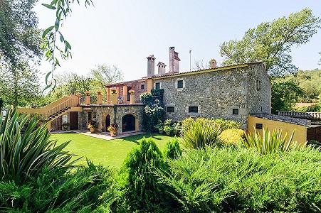 Image 1   8 bedroom farmhouse for sale with 3 hectares of land, Calonge, Girona Costa Brava, Catalonia 204543