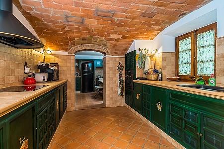 Image 18   8 bedroom farmhouse for sale with 3 hectares of land, Calonge, Girona Costa Brava, Catalonia 204543