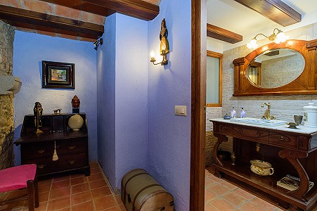 Image 22   8 bedroom farmhouse for sale with 3 hectares of land, Calonge, Girona Costa Brava, Catalonia 204543