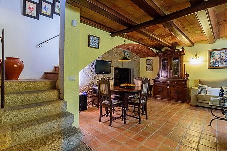 Image 25   8 bedroom farmhouse for sale with 3 hectares of land, Calonge, Girona Costa Brava, Catalonia 204543