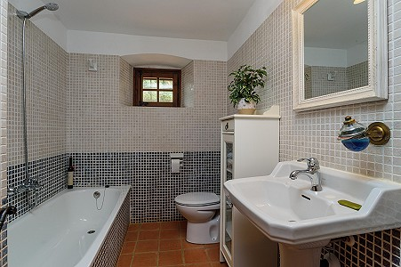 Image 28   8 bedroom farmhouse for sale with 3 hectares of land, Calonge, Girona Costa Brava, Catalonia 204543