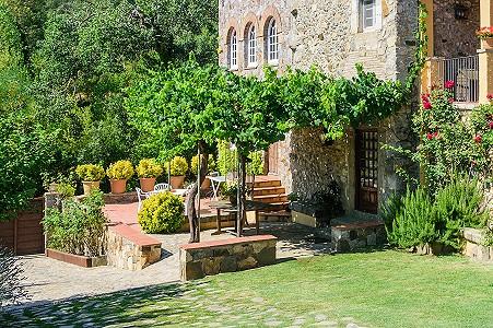 Image 4   8 bedroom farmhouse for sale with 3 hectares of land, Calonge, Girona Costa Brava, Catalonia 204543
