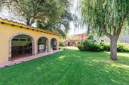 Image 6   8 bedroom farmhouse for sale with 3 hectares of land, Calonge, Girona Costa Brava, Catalonia 204543