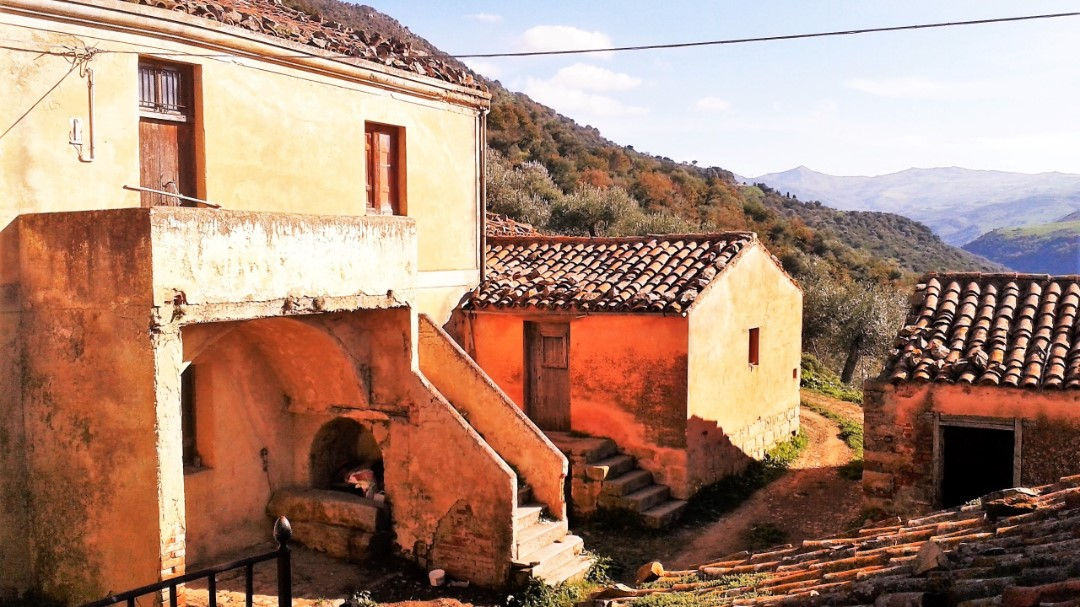 Image 13   20 bedroom farmhouse for sale with 65 hectares of land, San Mauro Castelverde, Palermo, Sicily 204621