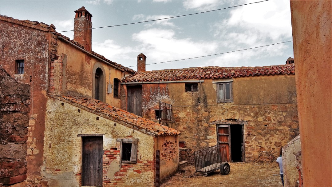 Image 3   20 bedroom farmhouse for sale with 65 hectares of land, San Mauro Castelverde, Palermo, Sicily 204621