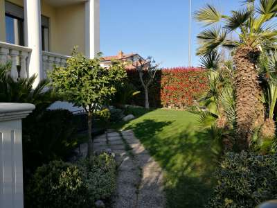 Image 3 | Charming Villa for Sale, fully furnished in Nereto, Teramo, Abruzzo with lift, and 3 bedrooms. 204819