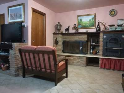 Image 7 | Charming Villa for Sale, fully furnished in Nereto, Teramo, Abruzzo with lift, and 3 bedrooms. 204819