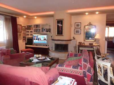 Image 8   4 bedroom house for sale with 2,300m2 of land, Corfu Town, Corfu, Ionian Islands 206327
