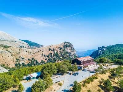 Image 11   Charming 47 bedroom Hotel in Sicily for sale Close to Skiing in Piano Battaglia 206830