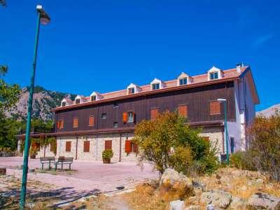 Image 21   Charming 47 bedroom Hotel in Sicily for sale Close to Skiing in Piano Battaglia 206830