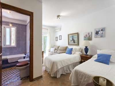 Image 19 | 3 bedroom villa for sale with 1,000m2 of land, El Paraiso Barronal, Malaga, Malaga Costa del Sol, Andalucia 207153