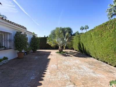 Image 24 | 3 bedroom villa for sale with 1,000m2 of land, El Paraiso Barronal, Malaga, Malaga Costa del Sol, Andalucia 207153