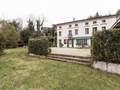 Image 1 | 6 bedroom villa for sale with 1,500m2 of land, Altavilla Vicentina, Vicenza, Veneto 207715