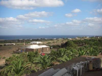 Image 3   4 bedroom villa for sale with 2,000m2 of land, Pantelleria, Trapani, Sicily 208075
