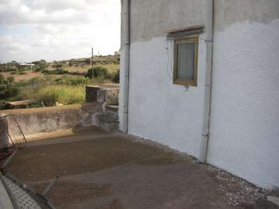 Image 4   4 bedroom villa for sale with 2,000m2 of land, Pantelleria, Trapani, Sicily 208075