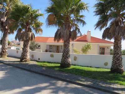 Image 3   5 bedroom villa for sale with 0.21 hectares of land, Lourinha, Lisbon District, Costa de Prata Silver Coast 208915