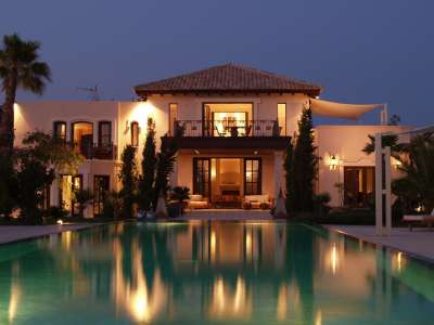 Image 20 | Superb Villa for Sale with Staff Apartment, Pool, Tennis Court and Sea Views. 208945