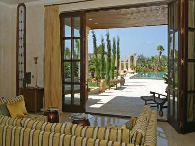 Image 8 | Superb Villa for Sale with Staff Apartment, Pool, Tennis Court and Sea Views. 208945