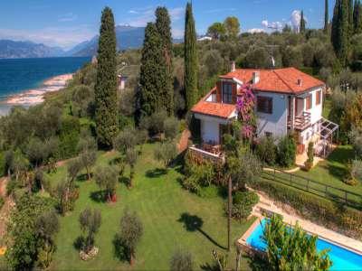 Image 1 | 4 bedroom villa for sale with 0.4 hectares of land, Sirmione, Brescia, Lake Garda 209593