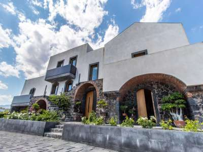 Image 1 | 3 bedroom villa for sale with 1 hectares of land, Acireale, Catania, Sicily 209916