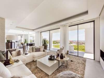 Image 5 | 6 bedroom villa for sale with 1,573m2 of land, La Alqueria, Benahavis, Malaga Costa del Sol, Andalucia 211095