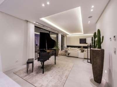 Image 9 | 6 bedroom villa for sale with 1,573m2 of land, La Alqueria, Benahavis, Malaga Costa del Sol, Andalucia 211095