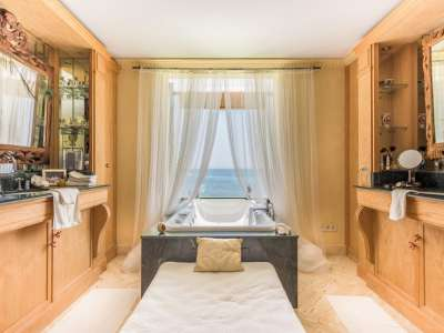 Image 15 | 4 bedroom villa for sale with 2,474m2 of land, Mijas, Malaga Costa del Sol, Andalucia 212342