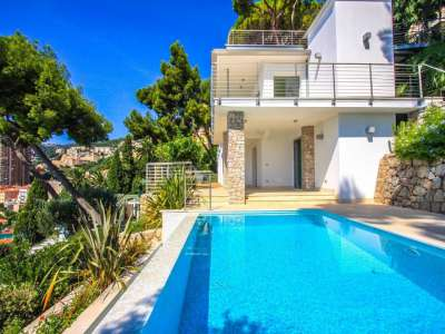 Image 1   3 bedroom villa for sale with 1,000m2 of land, Roquebrune Cap Martin, French Riviera 212451