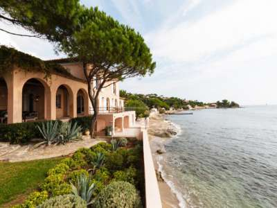 Image 2 | 6 bedroom villa for sale with 1,049m2 of land, Grimaud, French Riviera 213006