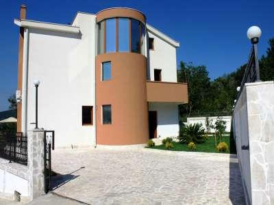 Image 2 | 7 bedroom villa for sale, Topla, Hercegnovi, Herceg Novi, Coastal Montenegro 214058