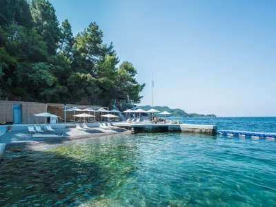 Image 1   3 bedroom apartment for sale, Budva, Coastal Montenegro 215353