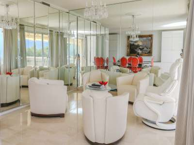Image 3   3 bedroom apartment for sale with 35m2 of land, Roquebrune Cap Martin, French Riviera 215449