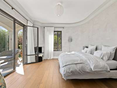 Image 10 | 4 bedroom villa for sale with 0.4 hectares of land, Mougins, French Riviera 215689