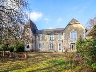 Image 1   9 bedroom manor house for sale with 1.73 hectares of land, Vaas, Chateau du Loir, Sarthe , Loire Valley 216087