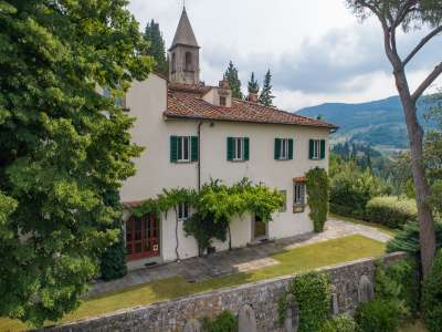 5 bedroom villa for sale with 5 hectares of land, Fiesole, Florence, Chianti Wine Region
