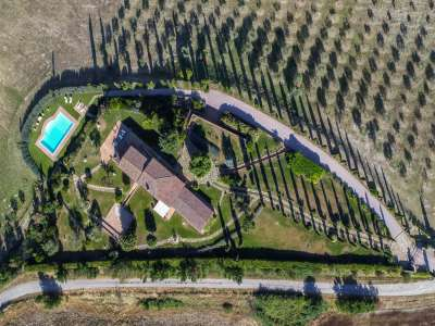 Image 14   5 bedroom farmhouse for sale with 3 hectares of land, Chiusi, Siena, Chianti Wine Region 216712